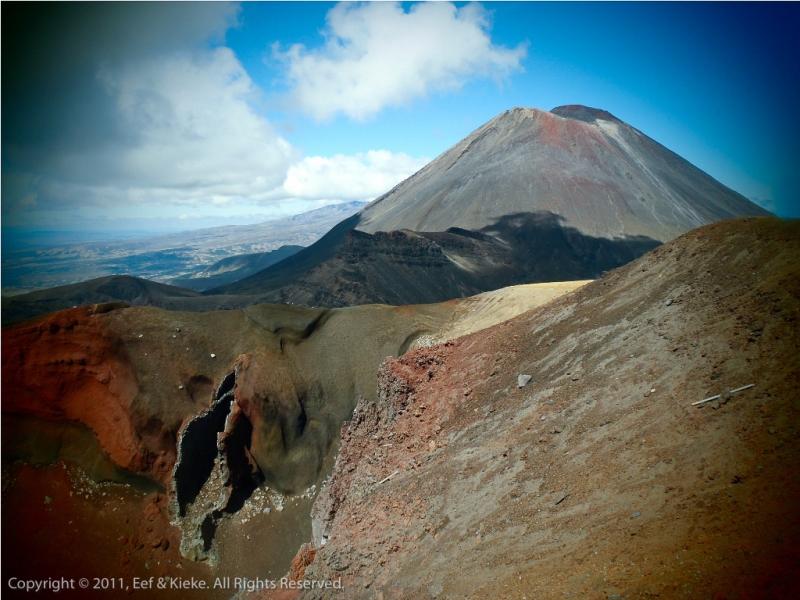 Red-Crater-en-Mount-Doom