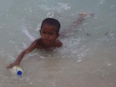 Jongentje-in-de-zee