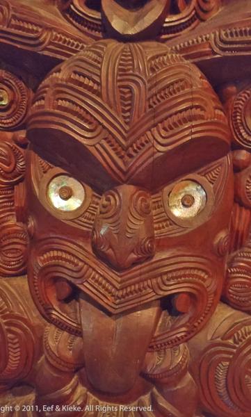 Maori-houtsnijwerk-2