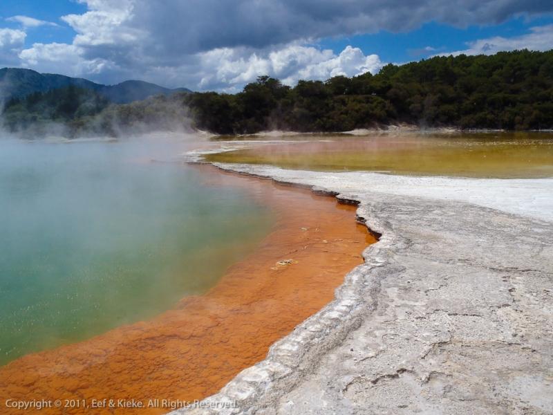 thermal-wonderland-champagne-pool
