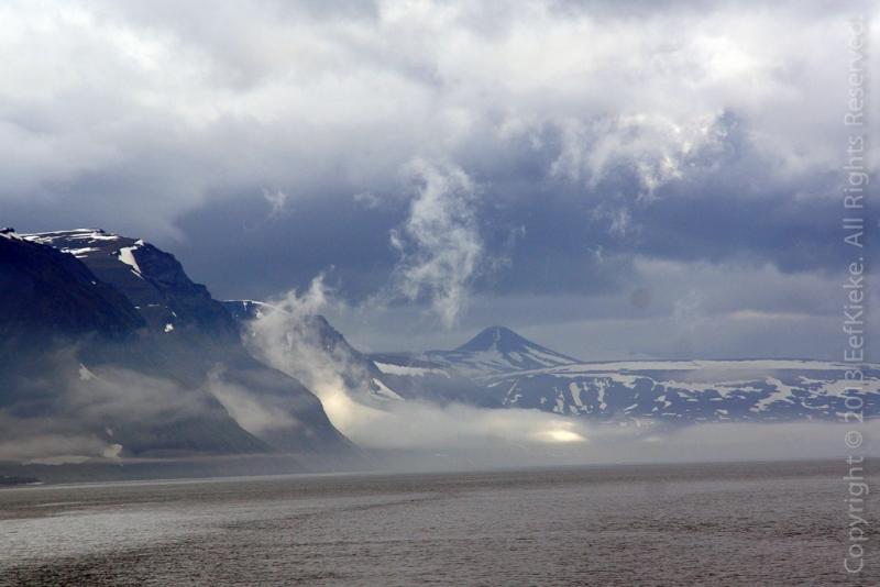 10.-Slecht-weer-bij-Ny-Alusund