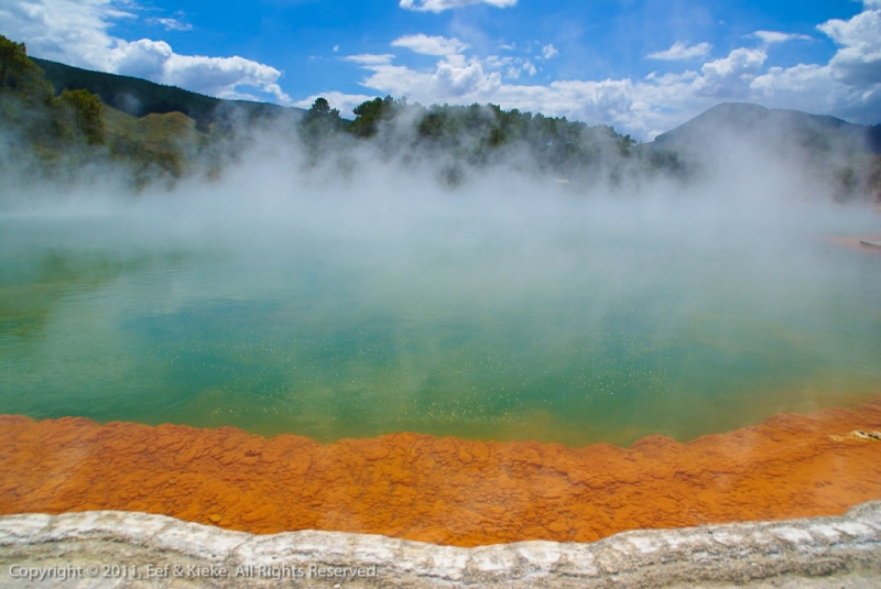 thermal-wonderland-champagne-pool-2