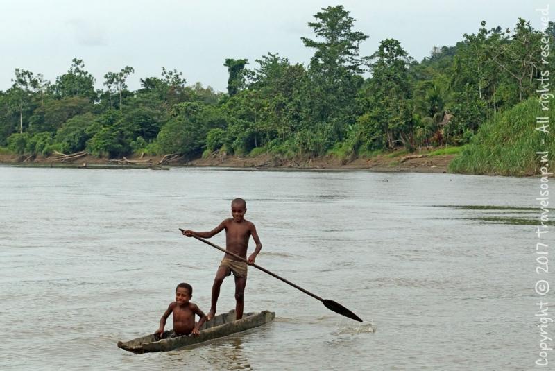 travel-soap-papoea-nieuw-guinea-karawari-dag-2-13