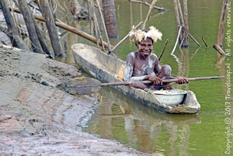 travel-soap-papoea-nieuw-guinea-karawari-dag-3-3