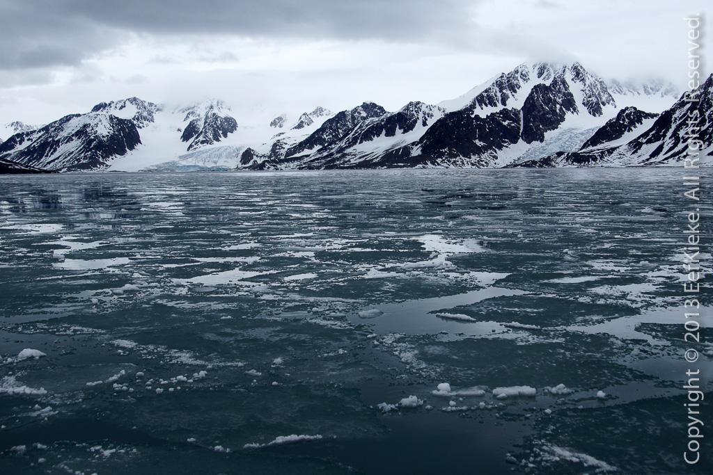 22 SallyHamna vol met ijsplaten